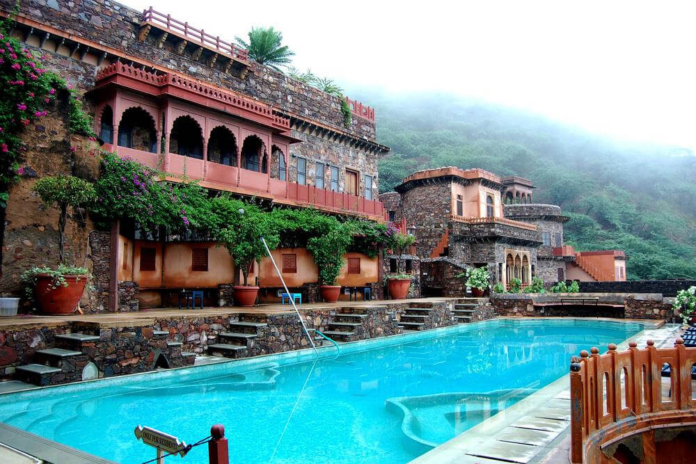 best time to visit neemrana