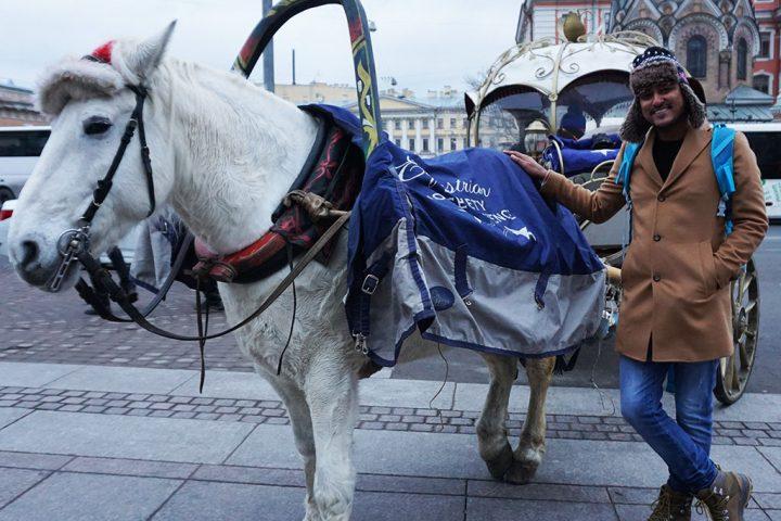 Horrse cart Russia @TheIndianTourist